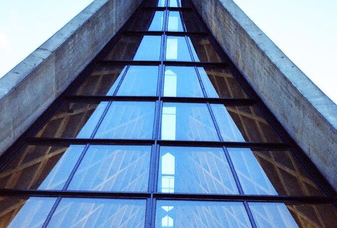 什么太阳能玻璃:带你全面了解它的知识