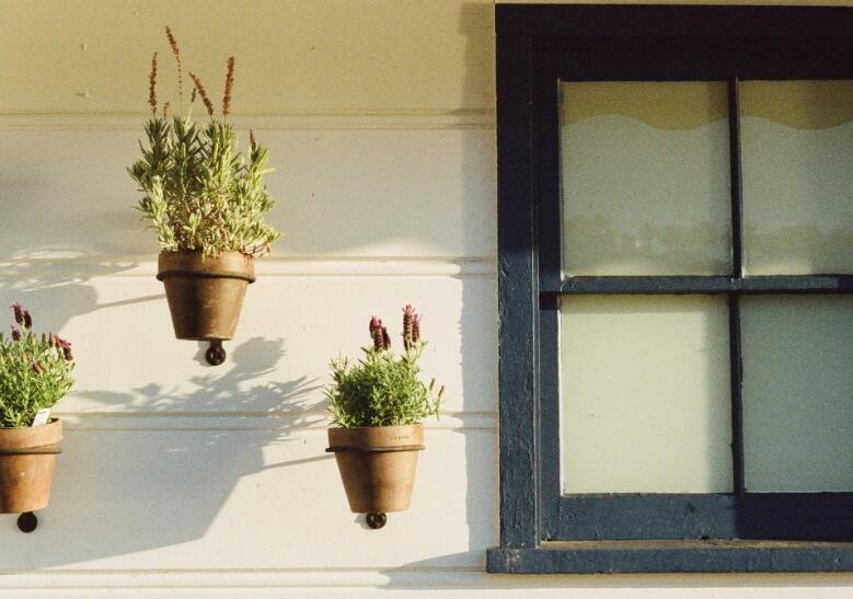 在家中加固自己门窗的方法[为了更安全]